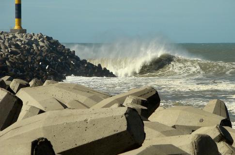 Big swell argentina